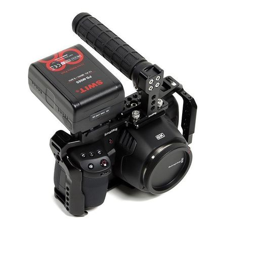 Blackmagic Pocket Cinema Camera 6K EF  - V-Lock set